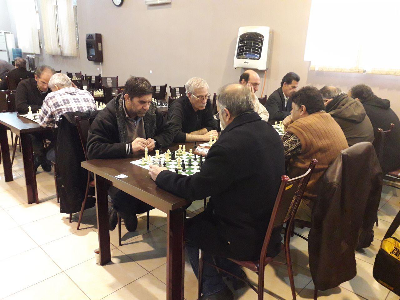 مسابقه پیشکسوتان تهران